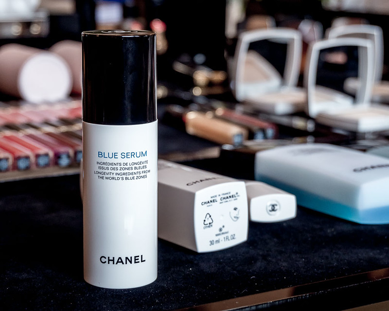 CHANEL BLUE SERUM-2