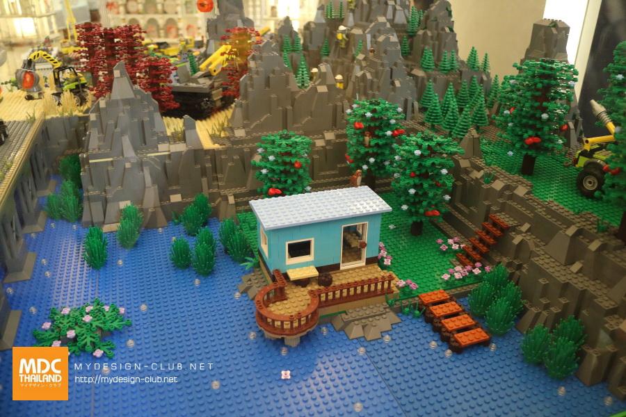 LEGO-2017-10