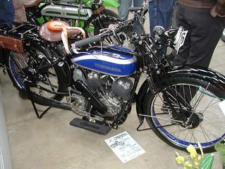 1925-husqvarna-v-twin-759x570