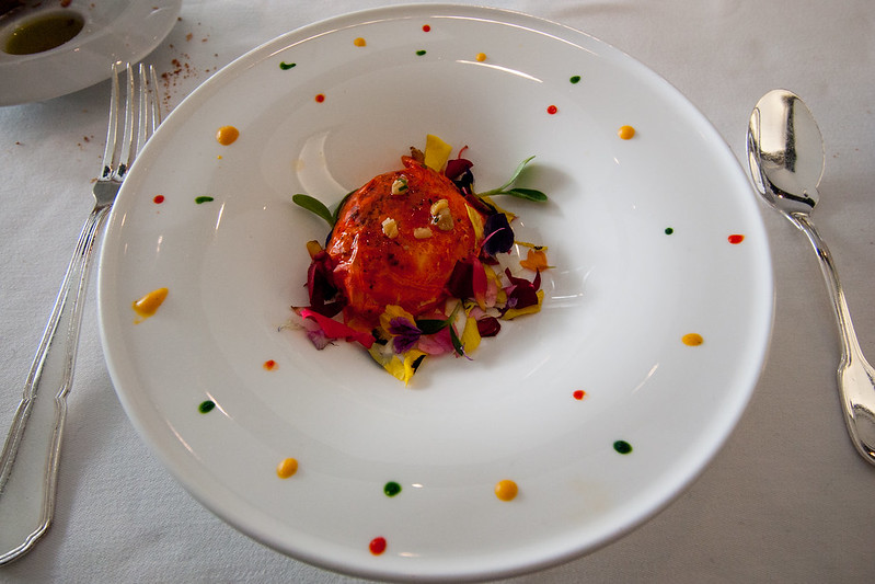 Red space egg, restaurante ARZAK