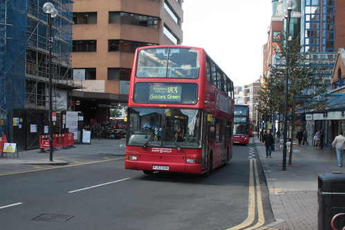 London Sovereign VLP18 PJ53OUN