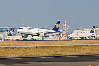 Lufthansa A320neo landing FRA (Lufthansa)