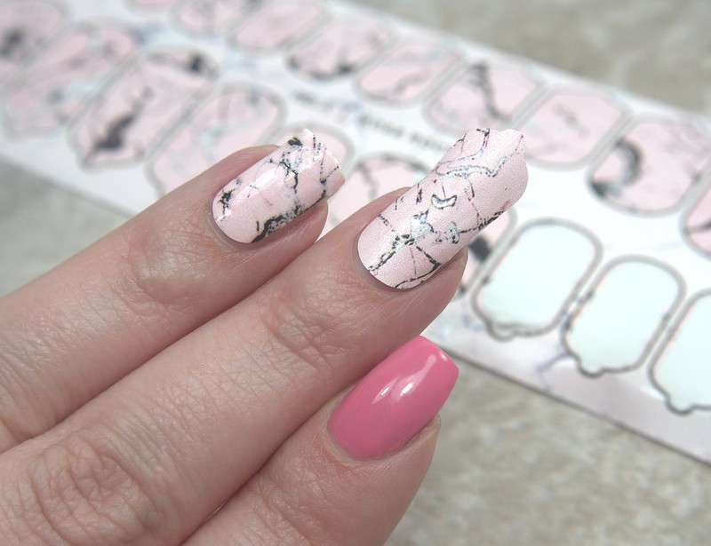 nail wrap tutorial