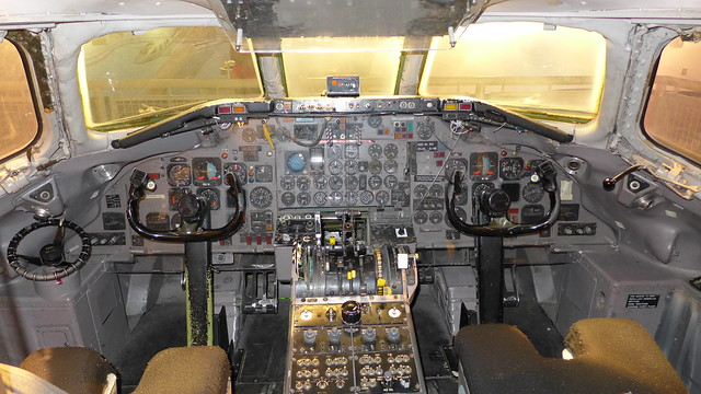 Flight instruments: DC-9 Passenger Jet