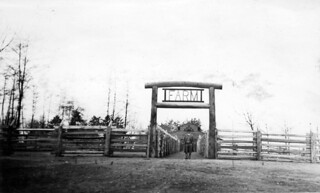 Farm area at Woodland Park Zoo, 1934 | by Seattle Municipal Archives