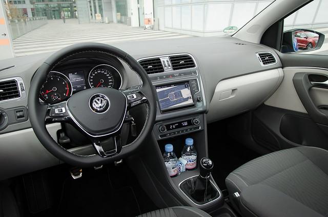Салон Volkswagen Polo рестайлинг
