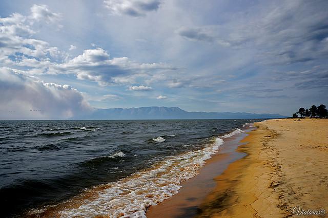 Пляж Усть-Баргузина. Байкал. Бурятия. Россия.