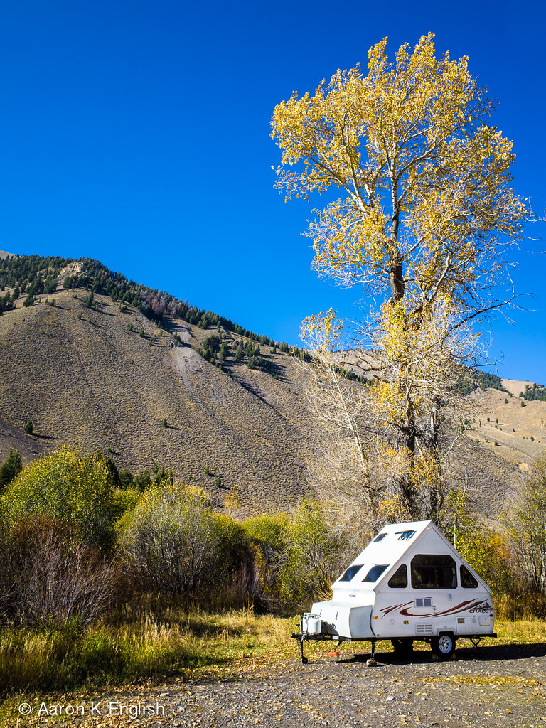 20151009 R005733 An A Frame Camper Allong Trail Creek