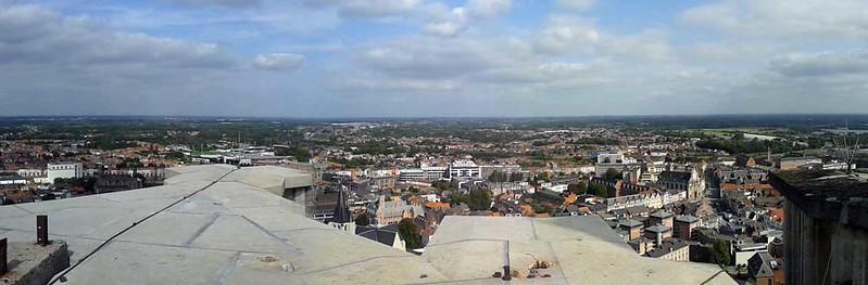 Sint-Romboutstoren met uitzicht op de Skywalk