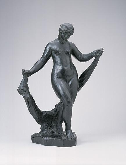 ルノワール《ヴェールを持つ踊り子》(1964鋳造、個人蔵)