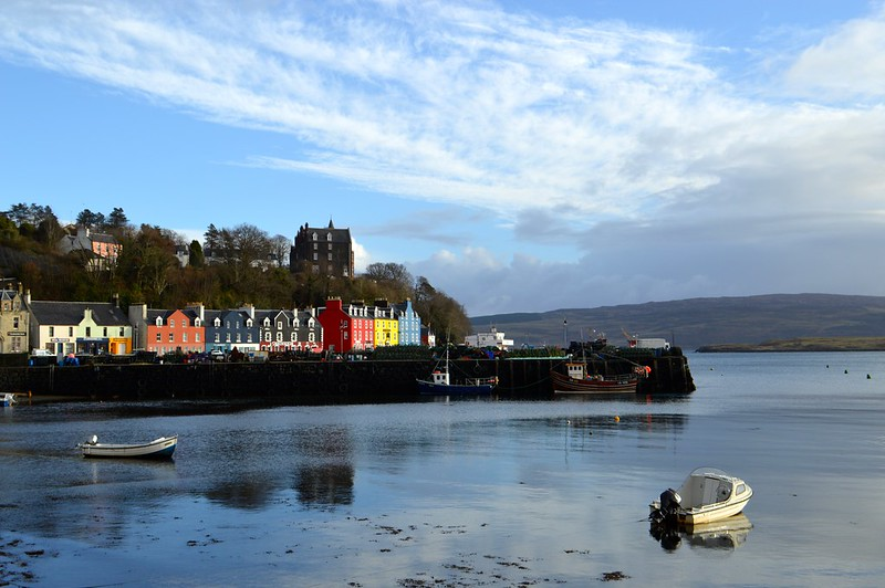 this is a picture of tobermory harbour with colourful houses