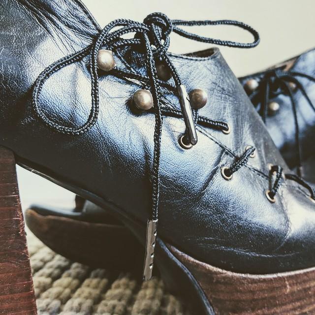Lucet Shoelaces