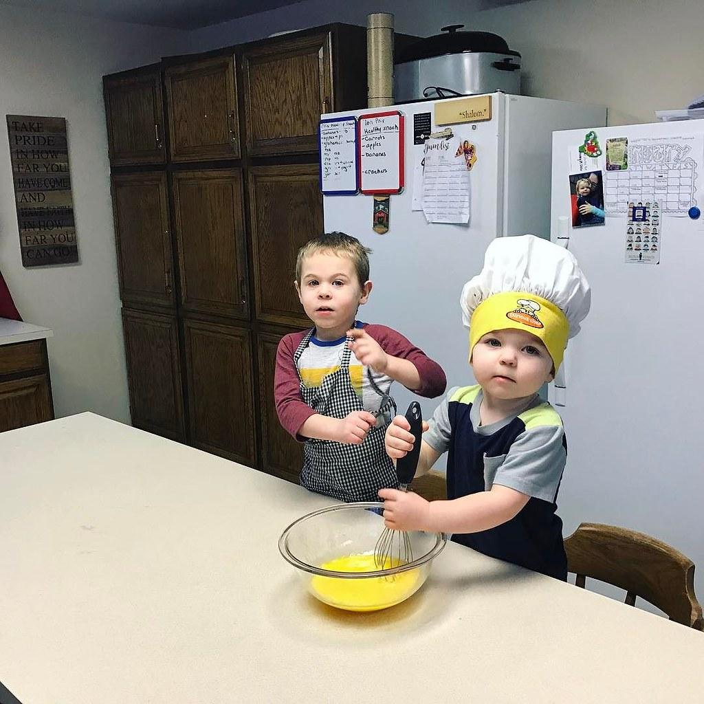Banana bread chefs // #boystownliving #childhoodunplugged #micahandezra