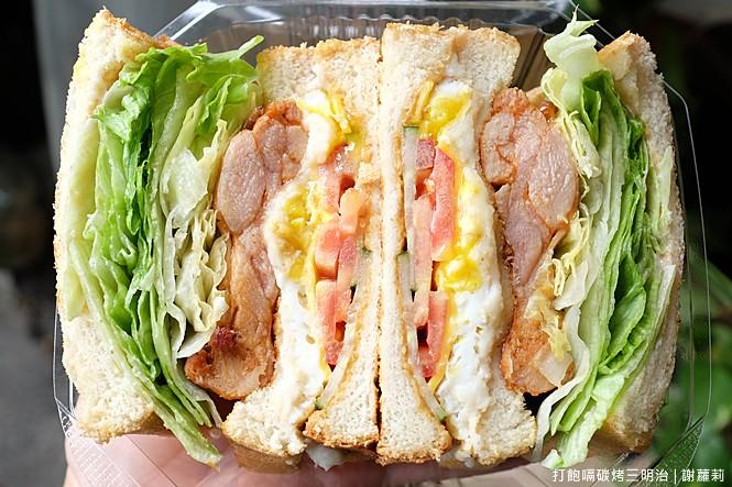 32372826351 9d765af23e b - 《台中♥食記》無名豬肉鐵板麵。餐車出沒 每天只賣4.5小時,在地人激推擁有超高CP值的隱藏版早餐!