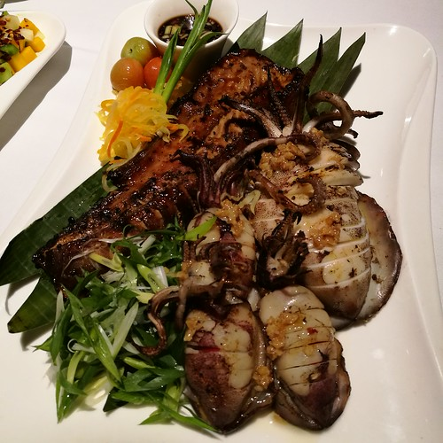 DavaoFoodTripS.com: Grilled Seafood - squid, shrimp, tuna belly | Seda Abreeza Summer Treats in Misto, Flavors of the Philippines and Their International Rice Bowls