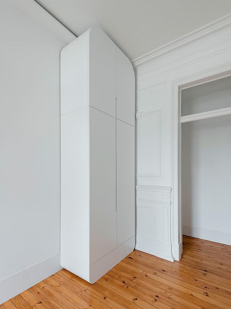 Classic apartment interior in the Lisbon Sundeno_16