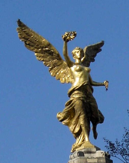 Gold Statue In Mexico ...