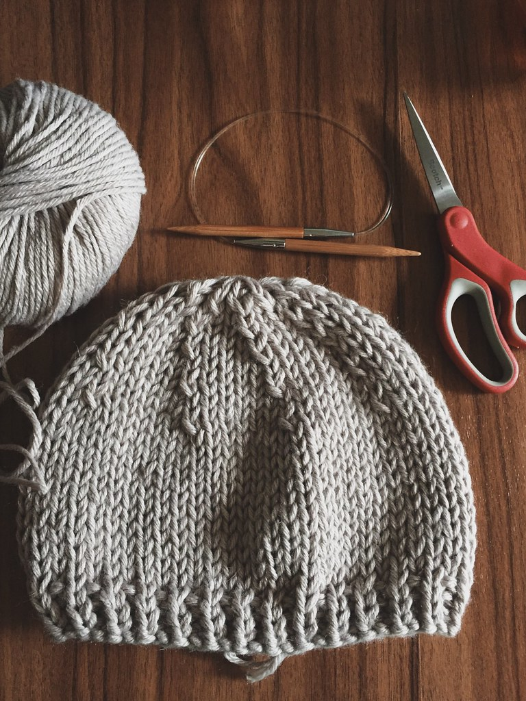 Knitting baby bear hat