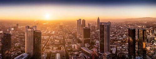 Maintower Frankfurt Sonnenuntergang | by salomon10