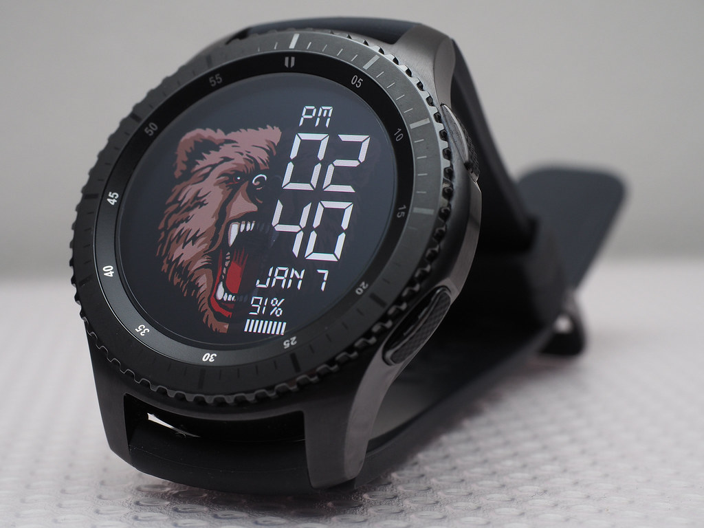 By Huislaw Samsung Gear S3 Frontier Front View Face Animal Watch