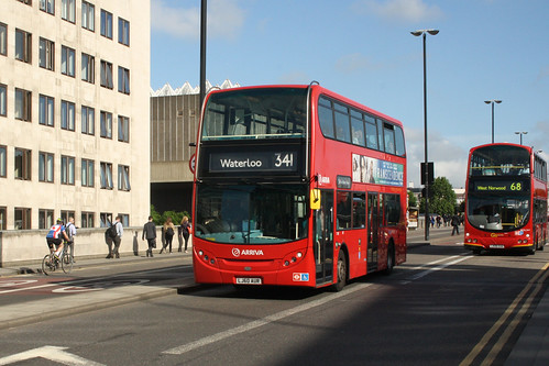 Arriva London North T167 LJ60AUR