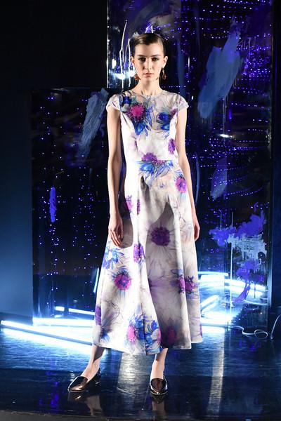3-yuna-yang-newyorkfashionweek-nyfw-nyc-fallwinter2017-runway-couture-fashionshow