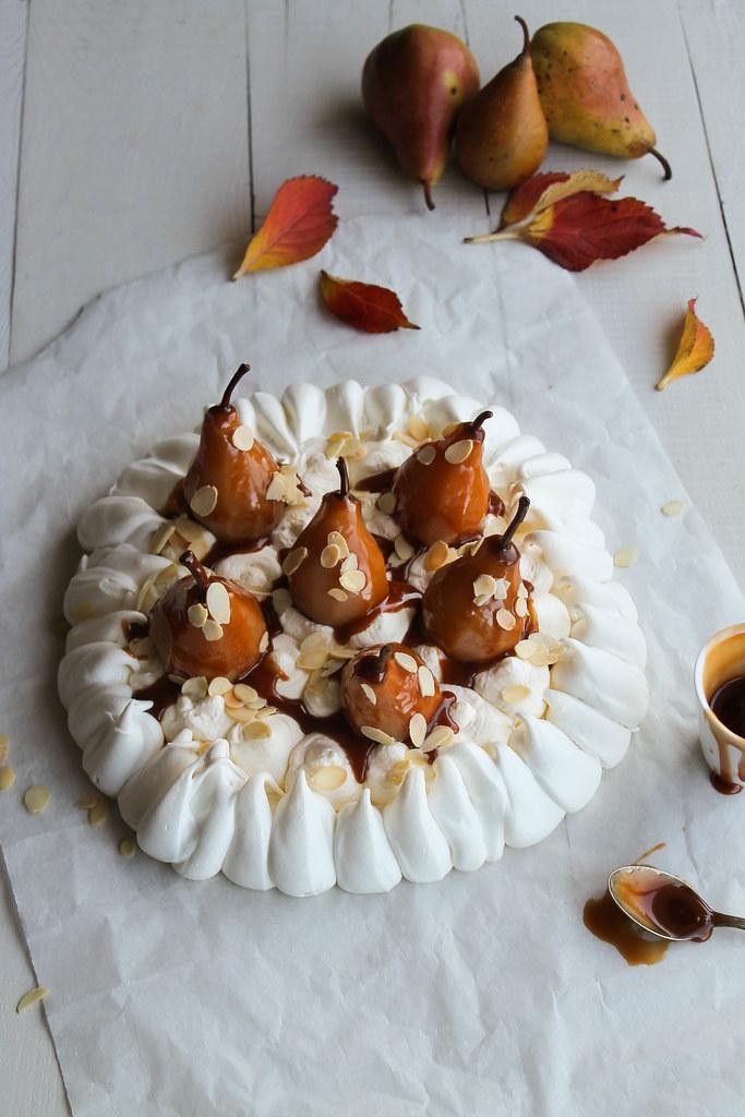 Pavlova poire caramel