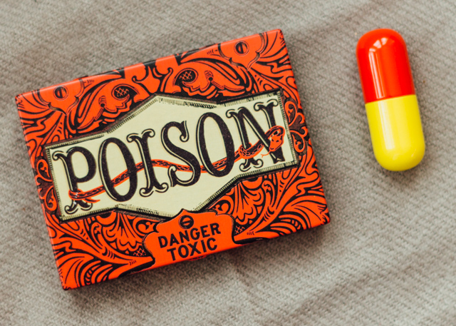 poison tin and pill box