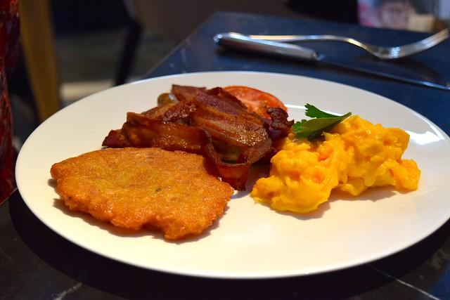 Cooked Breakfast at German Gymnasium, King's Cross | www.rachelphipps.com @rachelphipps