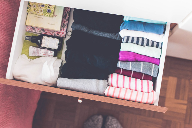 January decluttering and the best ever method to fold and store clothes