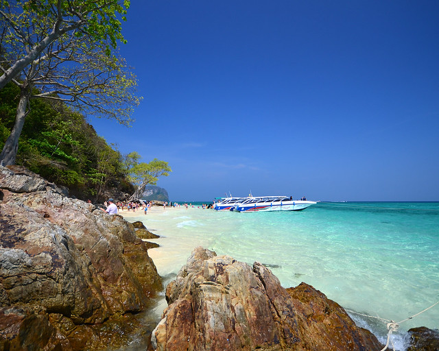 Cristalinas aguas de Bamboo Island, una de las islas más bonitas de Tailandia