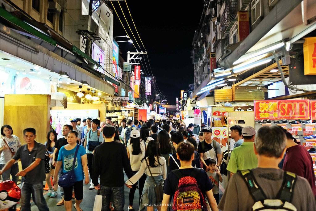 shillin night market 1