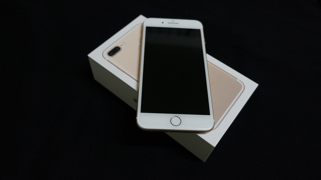 iphone 7 plus gold on box taken with sony nex 5n flickr. Black Bedroom Furniture Sets. Home Design Ideas
