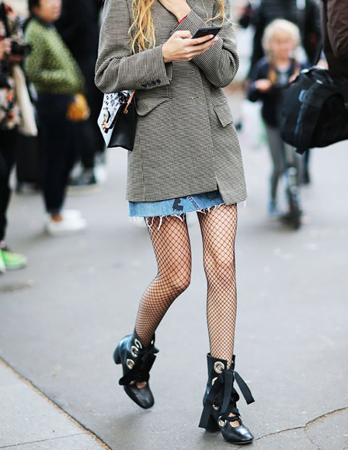 fishnet tights oufit accessories style street style fashion trend13