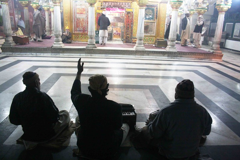 City Faith - The Urs Qawwalis, or Death Anniversary Celebrations of Hazrat Nizamuddin Auliya, Central Delhi