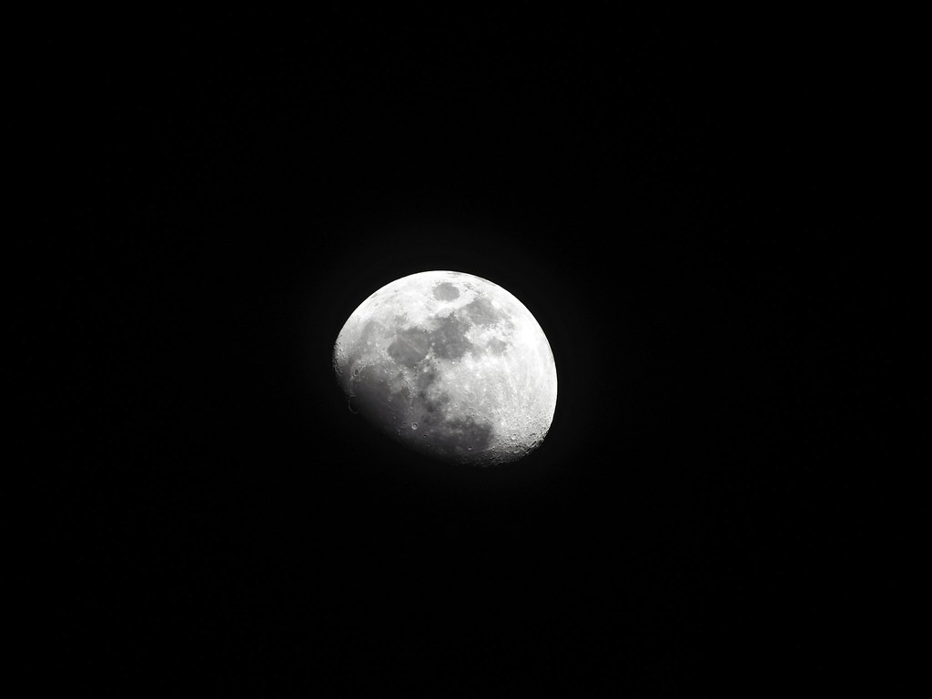 Lunar phase 8, Hi-Res Shot Part 5