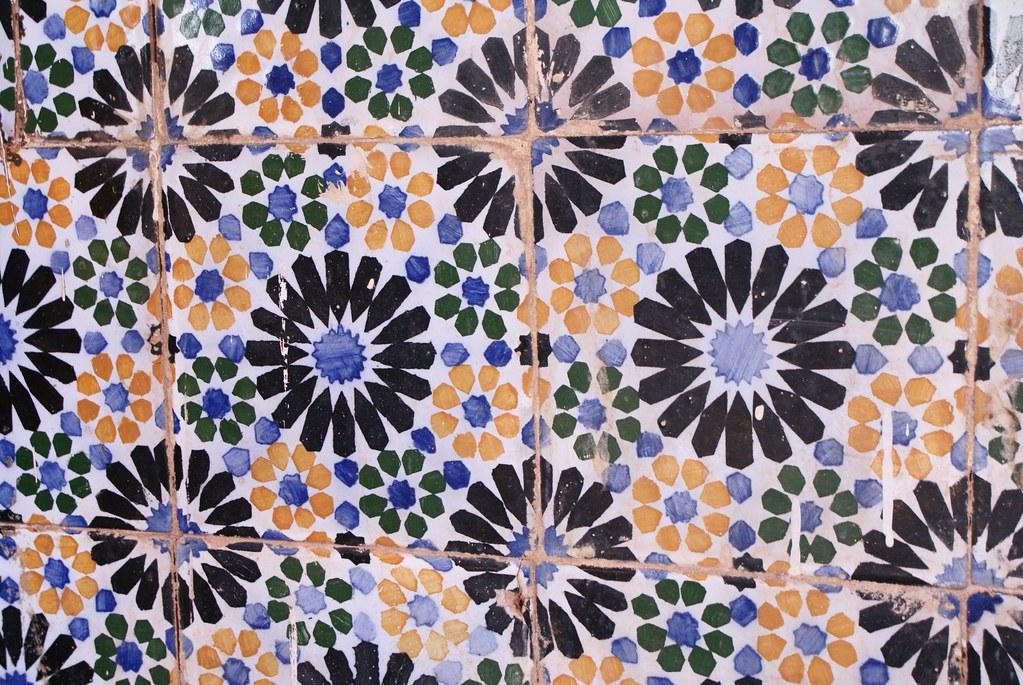 Jolis motifs dans la Casbah de Ouarzazate au Maroc.