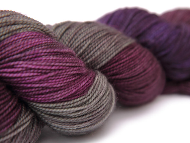Favourite Sock – hand-dyed superwash merino sock yarn 'Velvet Underground'