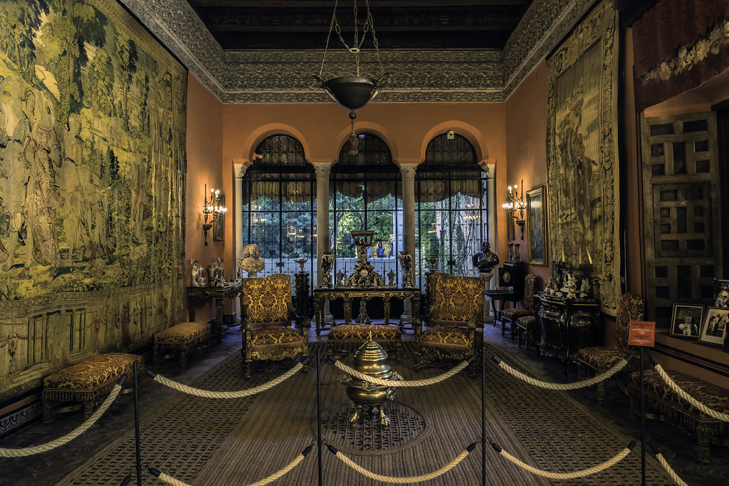 Un salon del palacio de due as en sevilla spain a salon - Spa de sevilla ...