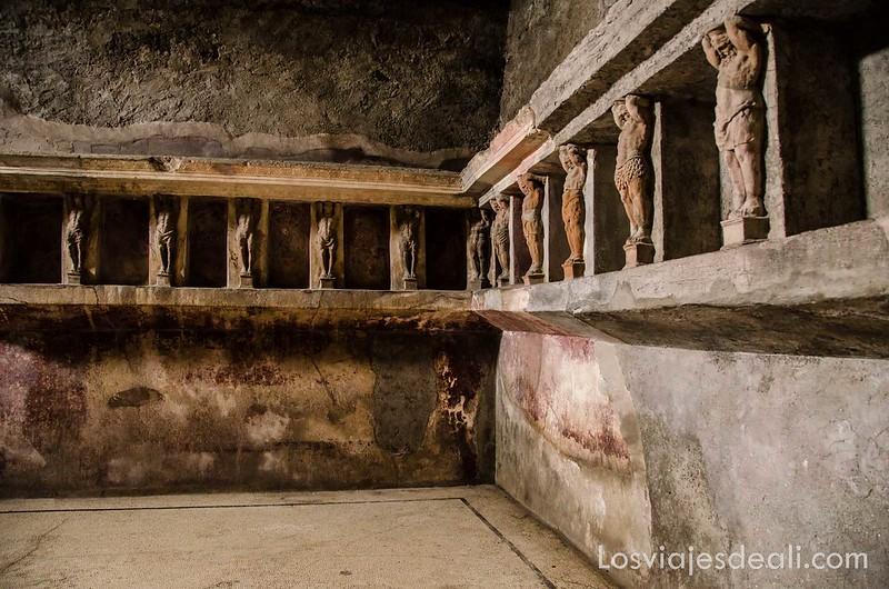 visita a Pompeya termas del foro