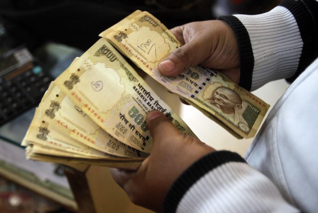 Valuutanvaihto ulkomailla | Valuutanvaihto ulkomailla on liki välttämätöntä jossain vaiheessa reissua | Miten valuutanvaihto ulkomailla kannattaa hoitaa?
