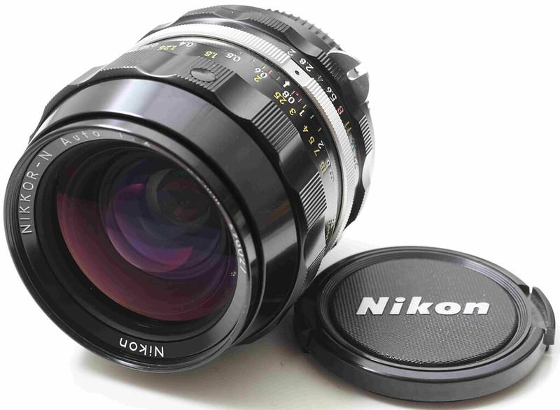 二手鏡頭 香港 . . . Nikon Nikkor 28mm f/2 N 酒吧之眼(non-AI)  罕有95新  油潤 勁利大光圈廣角名鏡
