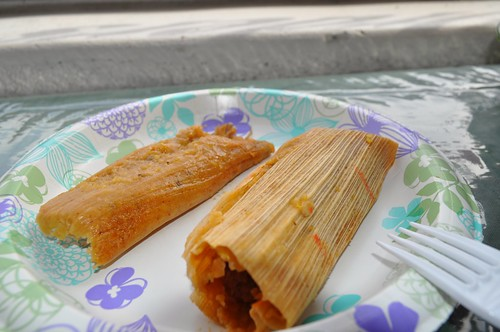 Los Hernandez Tamales - Pork or Chicken