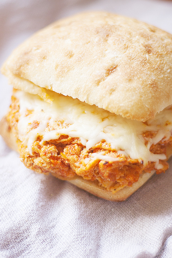 slow cooker chicken parm sandwiches