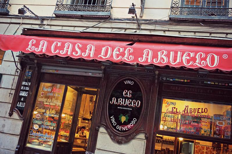 http://hojeconhecemos.blogspot.com.es/2015/11/casa-del-abuelo-madrid-espanha.html