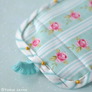 Pretty coin purse tutorial | by toriejayne