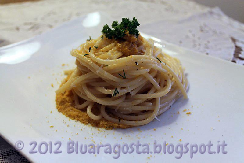 07-spaghetti cacio, pepe, ricci di mare e bottarga