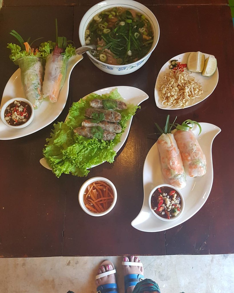 How about Vietnamese Street Food for merienda.
