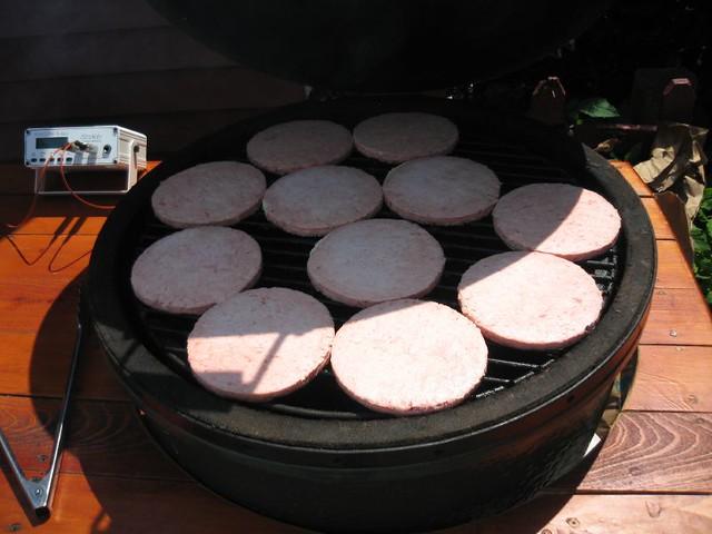Hamburgers on large Big Green Egg | Just how many burgers fi… | Flickr