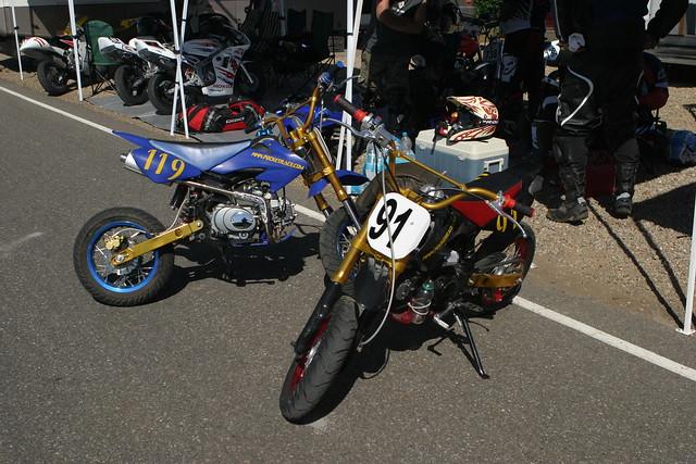 courses de mini motos courses de mini motos la piste de flickr photo sharing. Black Bedroom Furniture Sets. Home Design Ideas